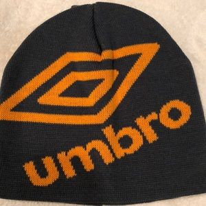 Umbro men's logo beanie (gray/orange) OS
